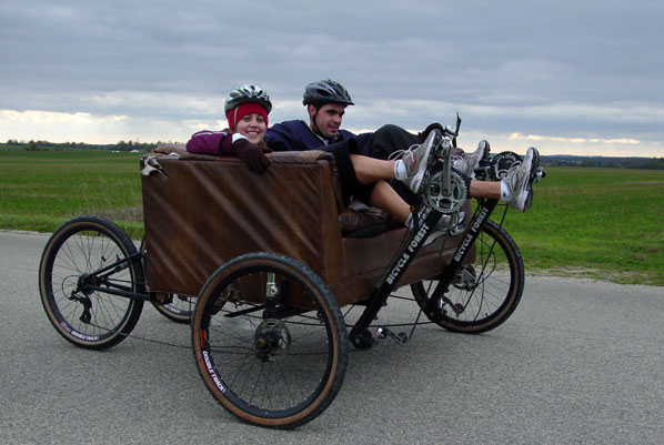 Couchbike in Ride for Refugees